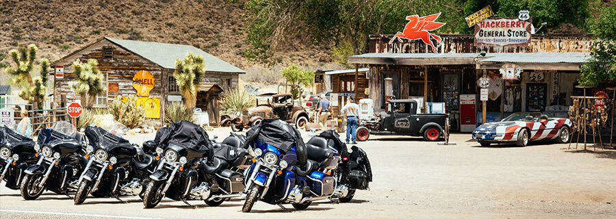 Route 66 motorcycle guided tour. Stop in Hackberry